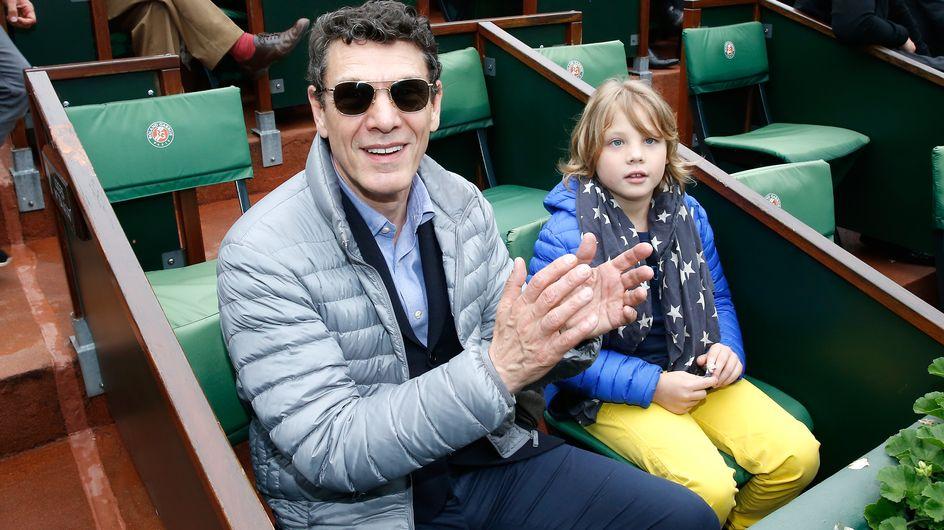 Roman, le fils de Marc Lavoine passe du bon temps en famille à Roland-Garros