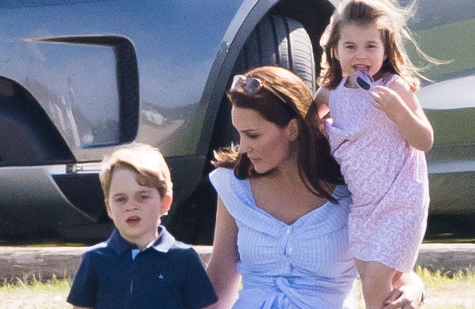En balade avec ses enfants, Kate Middleton craque encore pour une robe Zara