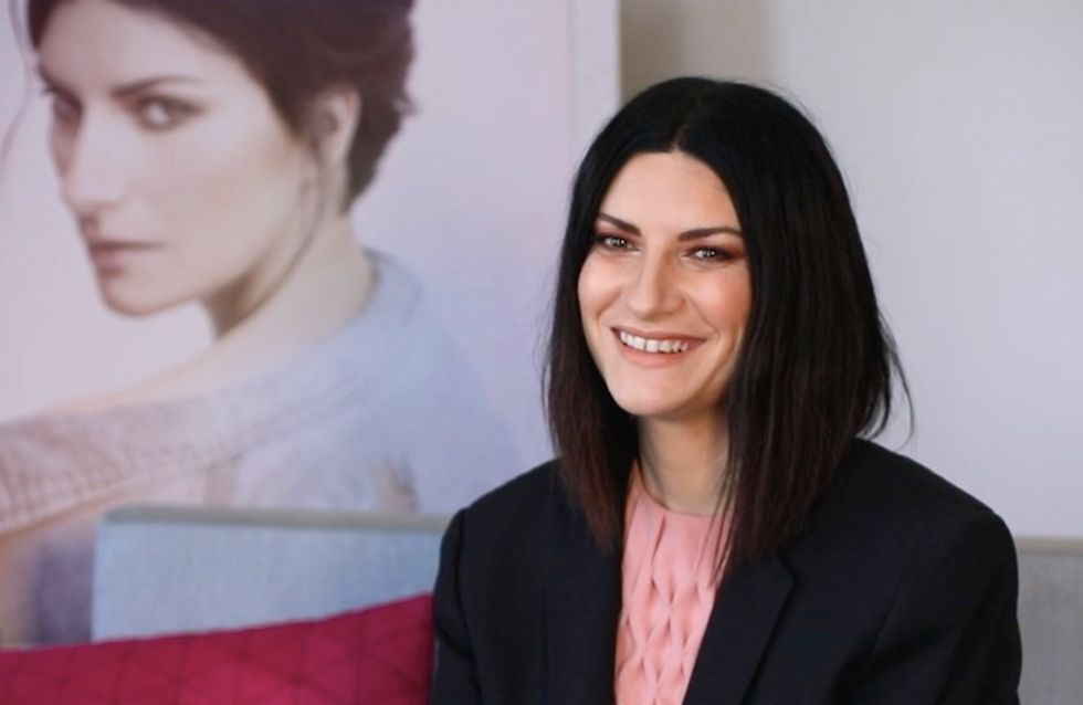 J'écoutais beaucoup Johnny quand j'étais petite Laura Pausini touchante en interview (vidéo)