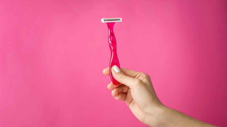Bitte nicht! 7 fatale Fehler, die JEDE Frau beim Rasieren macht