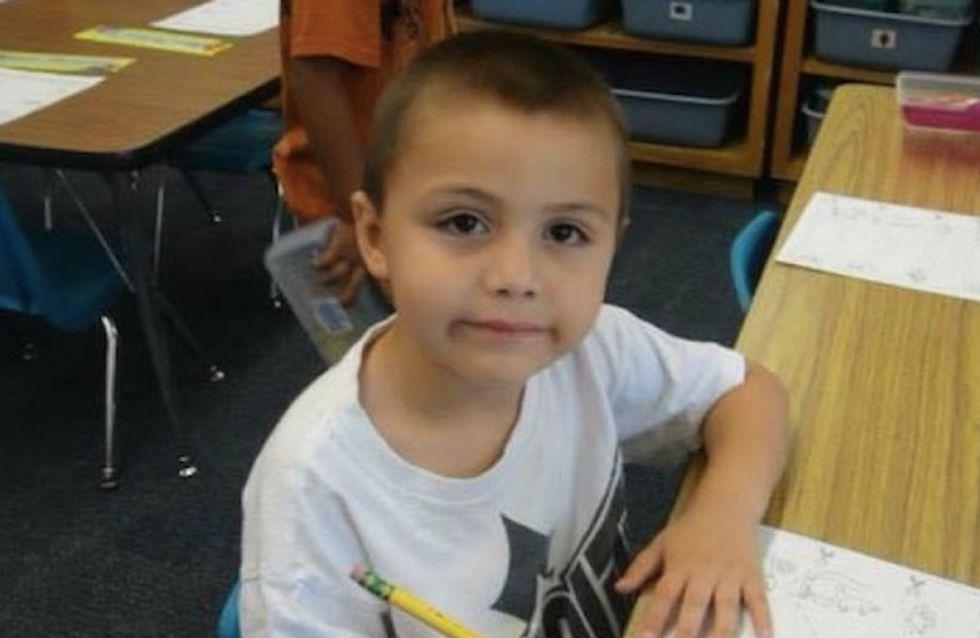 """À 10 ans, ce petit garçon a été battu à mort pour avoir dit qu'il """"aimait les garçons"""""""