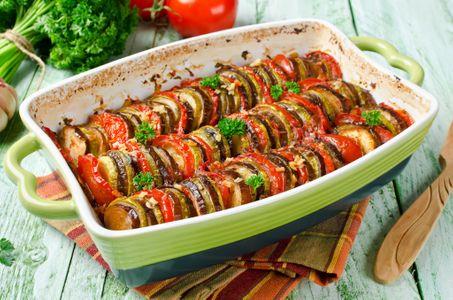 Une recette minceur avec de l'aubergine, le tian. D'autres recettes aux aubergines sur...