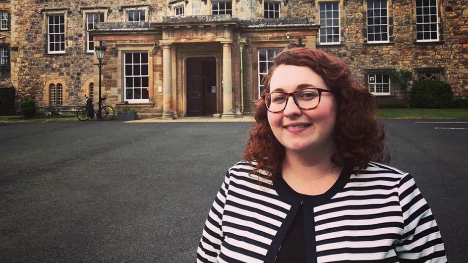 """""""J'ai mes règles"""" lance une députée britannique pour excuser son retard"""