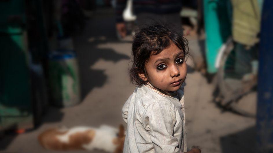 Violée et privée de cordes vocales, l'histoire de cette fillette de 8 ans bouleverse l'Inde toute entière