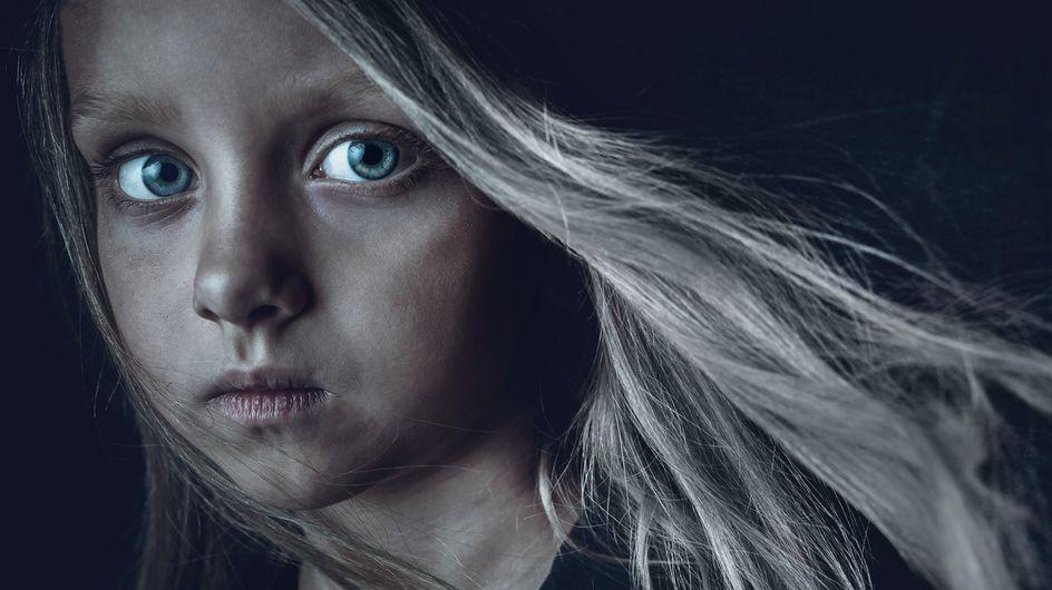 Le viol sur mineur.e.s sera finalement considéré comme un crime