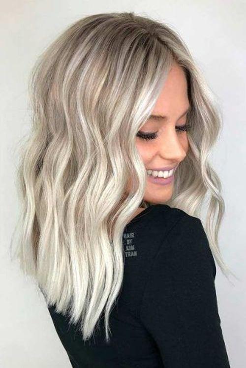 couleur cheveux gris platine
