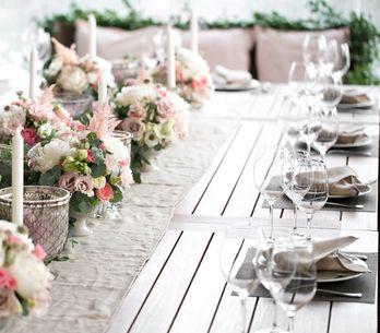 Sitzordnung bei der Hochzeit: Diese Tipps sollte jede Braut kennen!