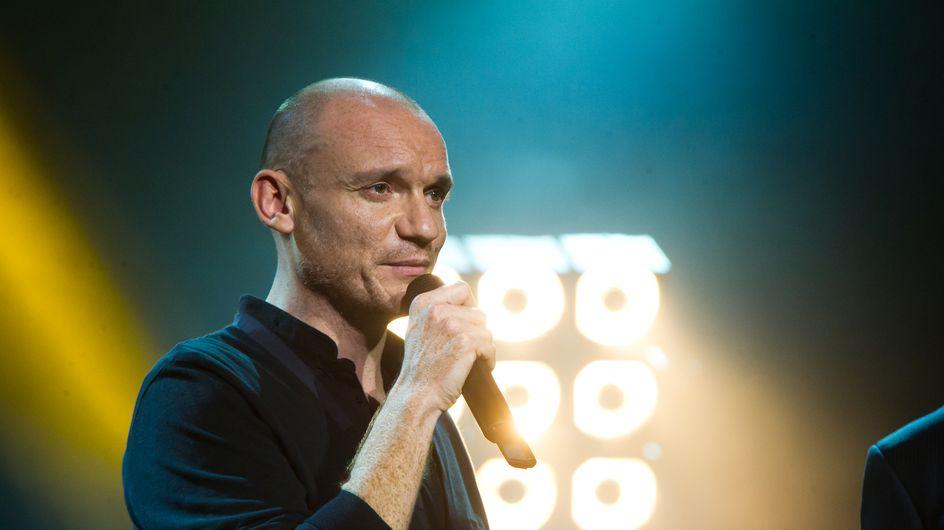 """Gaëtan Roussel livre un clip lumineux et inspirant avec """"Hope"""" (vidéo)"""