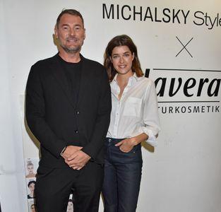 Michael Michalsky & Marie Nasemann im Backstage Bereich
