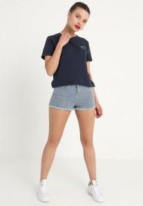 Pantaloncini estivi: fisico a pera