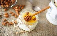Yogurt fatto in casa: ecco come prepararlo (con o senza yogurtiera)