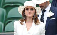 Emma Watson, canon dans un costume trois pièces blanc à Wimbledon