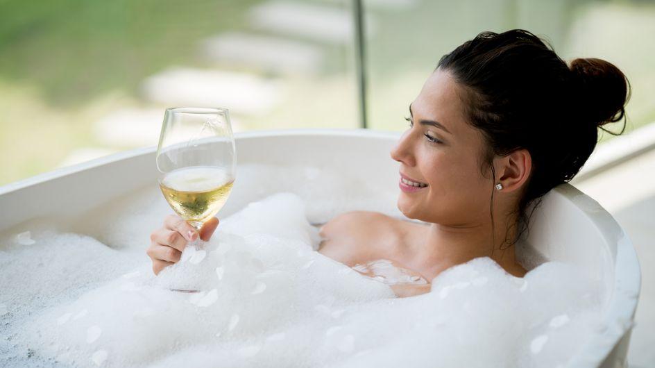 Les femmes seraient meilleures pour goûter le vin que les hommes