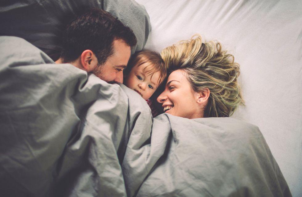 Co-Sleeping: So schlafen alle gut und sicher im Familienbett