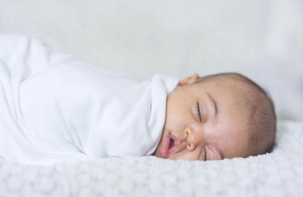 Cette maman a découvert une astuce hors du commun pour endormir son bébé