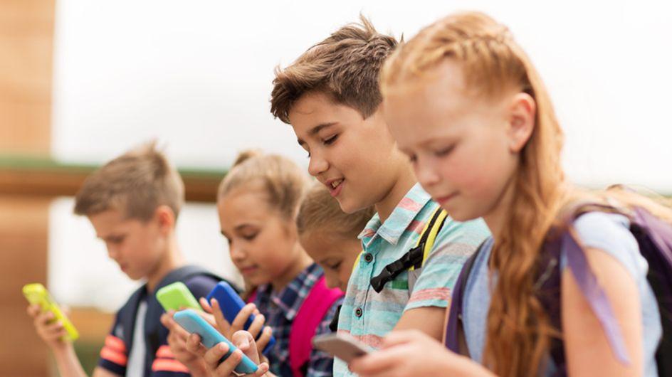 C'est officiel, les élèves de primaire et les collégiens n'auront plus le droit d'utiliser leur portable à l'école