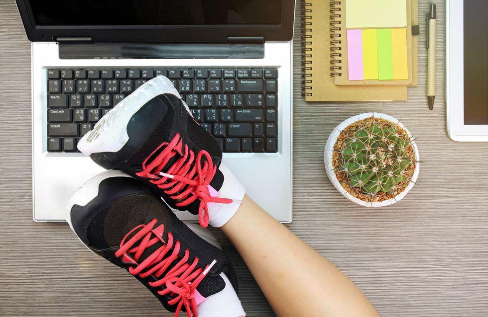 Sport da seduti: 5 esercizi da fare mentre sei al lavoro