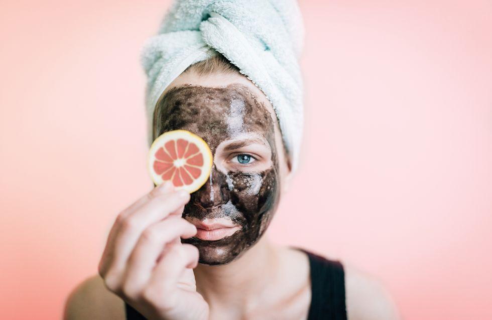 Maschera viso per punti neri: 4 ricette fai da te super efficaci!