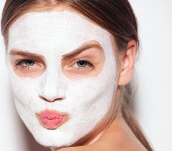 4 masques maison anti-points noirs pour une peau nickel
