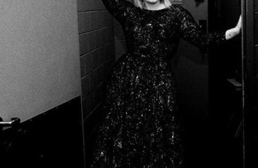 Adele soutient sa meilleure amie souffrant d'une psychose post-partum avec un message touchant