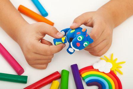 Beneficios de jugar con la plastilina