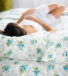 Was hilft gegen Magenschmerzen? Die 8 besten Hausmittel