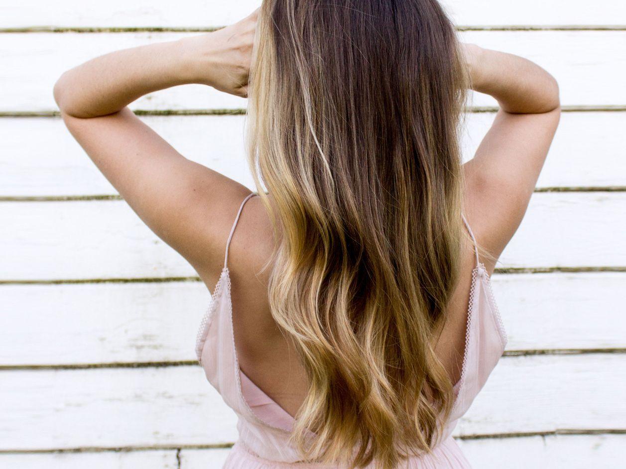 Blonde spitzen ansatz dunkler Hellblonde haare