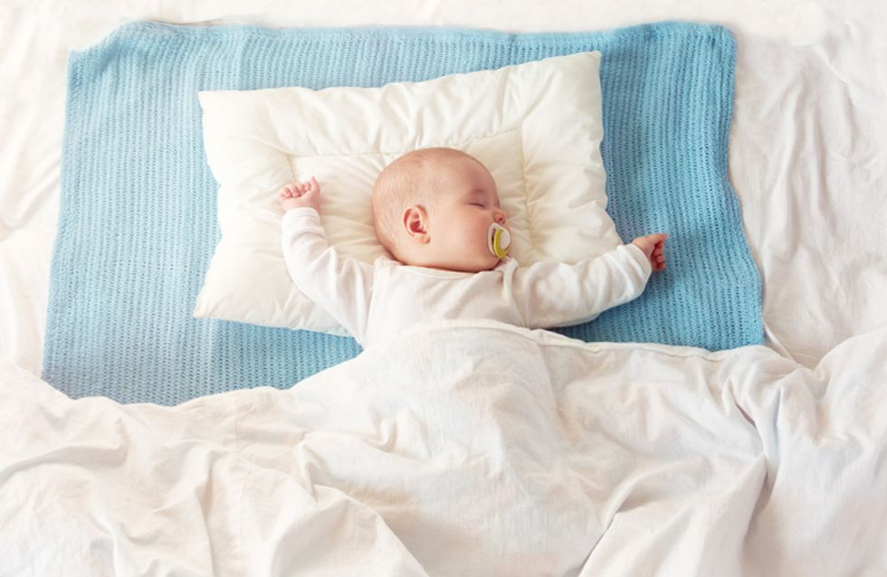Cette méthode à la mode pour endormir bébé est bien plus dangereuse qu'elle n'y paraît