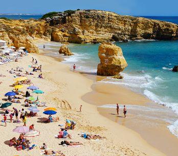 Urlaub im Herbst: 5 Ziele in Europa, wo es noch richtig warm ist!