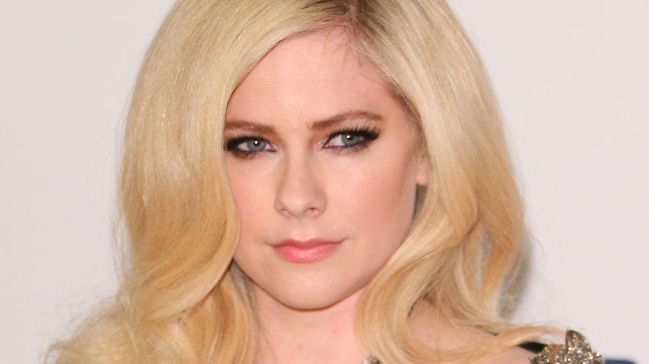 """Bientôt de retour, Avril Lavigne se confie sur sa maladie : """"J'avais accepté la mort"""""""