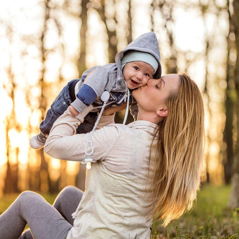 2ee28638e97f8 25 activités toutes simples pour favoriser l'éveil de bébé