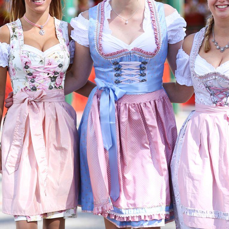 43852e4cb1 Last-Minute-Outfit fürs Oktoberfest: DIESE Dirndl kosten unter 100 Euro