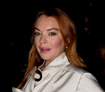 Choquant ! Lindsay Lohan tente d'emmener de force un enfant sans-abri (vidéo)