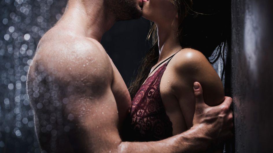 10 increíbles posturas para practicar sexo en la ducha