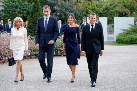 Brigitte Macron et Letizia d'Espagne rivalisent d'élégance à Paris (photos)