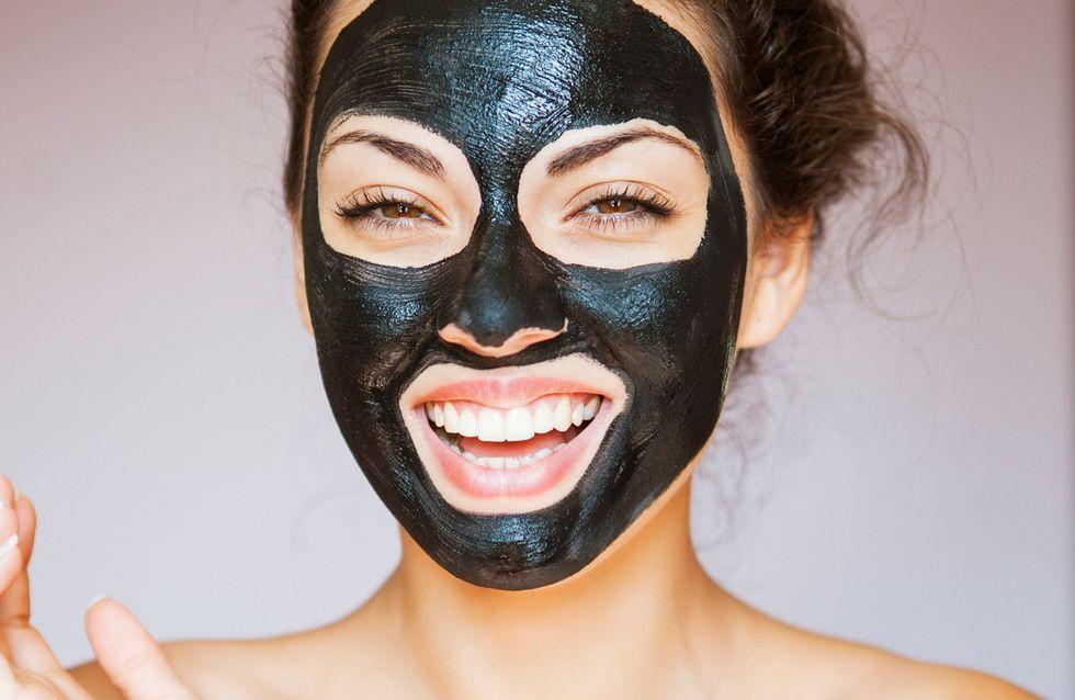 Maschera di carbone vegetale: 5 opzioni top in vendita su Amazon