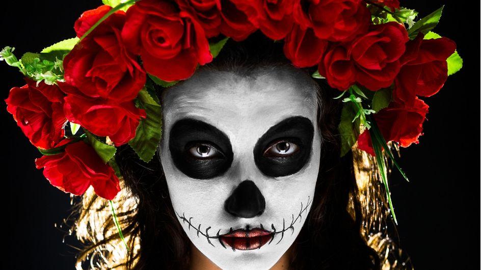 Make up tutorial: scopri come creare un trucco di teschio messicano divertente per Halloween