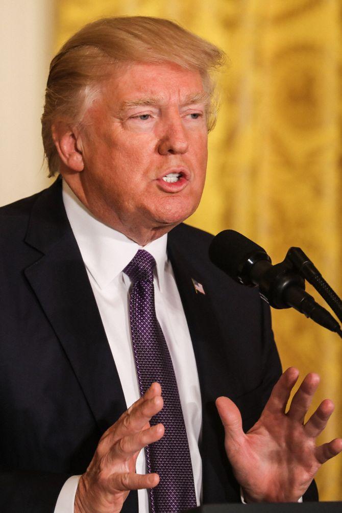 Étonnant : Une cabine à UV à la Maison Blanche pour Donald Trump