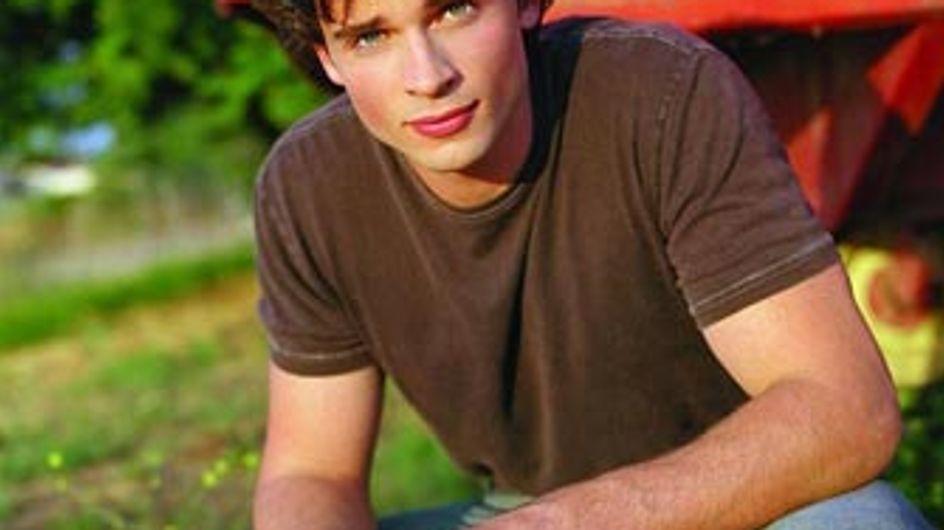 Tom Welling, la star de Smallville, ne ressemble plus du tout à ça (photos)