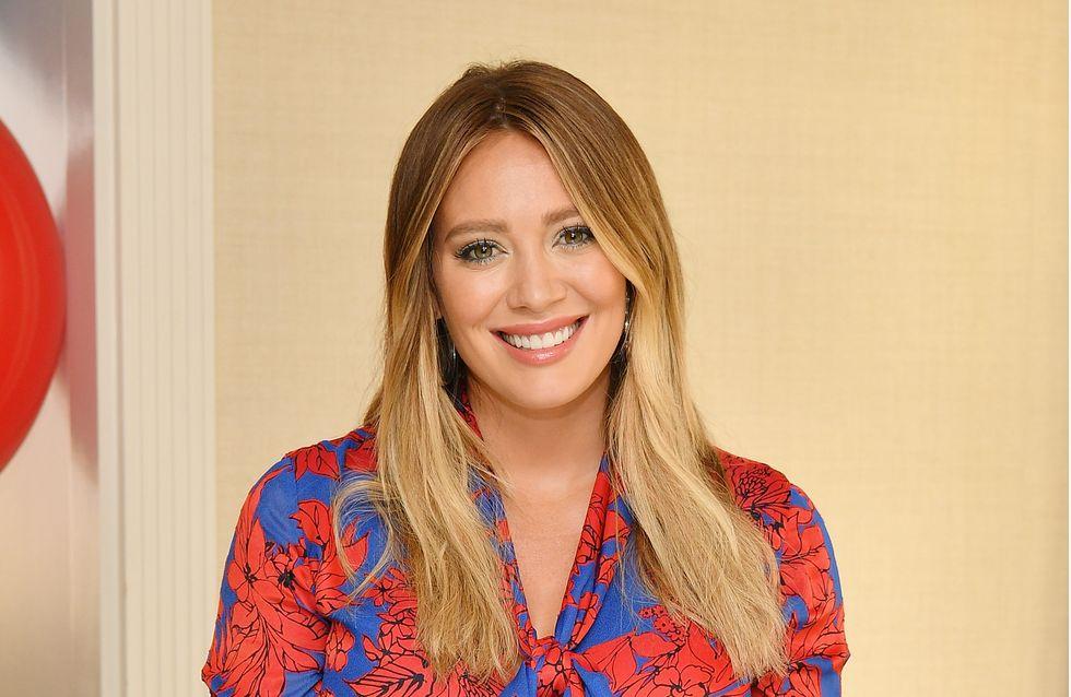"""Après son accouchement, Hilary Duff a mangé son placenta et c'était """"délicieux"""" !"""