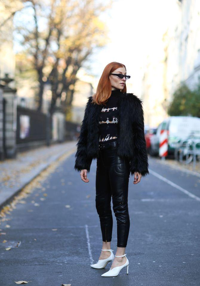 Fell und Leder: eine glamouröse Kombi für deinen Party-Look.