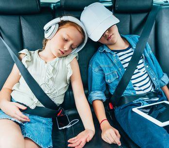 Mama, ich muss mal! 15 Anti-Stress-Tipps für lange Autofahrten mit Kindern
