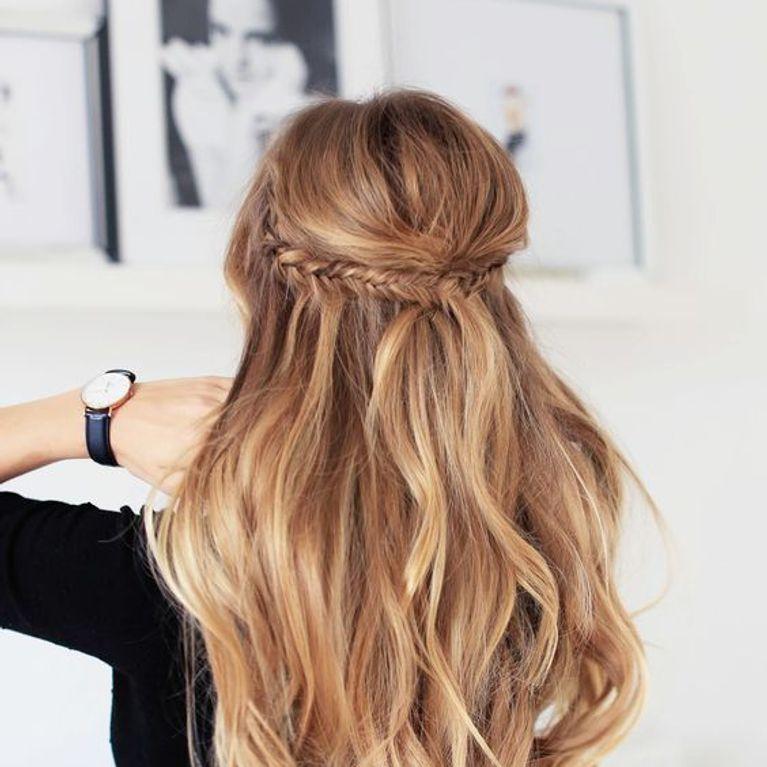 Miradas ganadoras con peinados semi recogido Galería de cortes de pelo tutoriales - Semi recogido: el peinado que querrás llevar