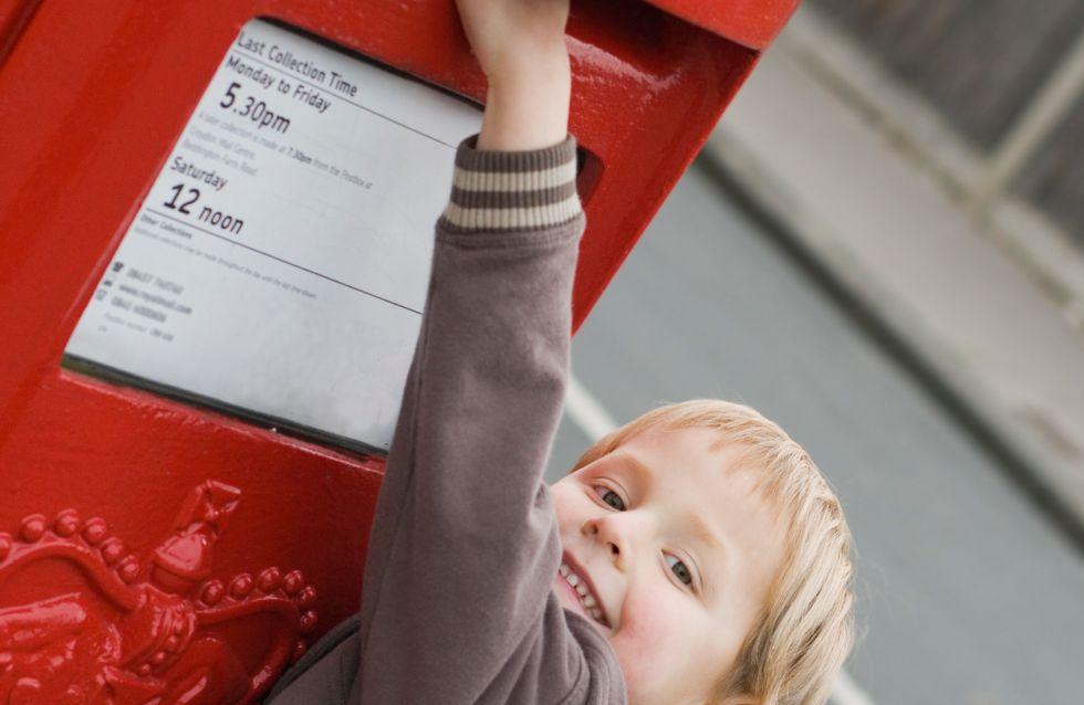 Il envoie une lettre au paradis pour l'anniversaire de son papa, la Poste lui répond