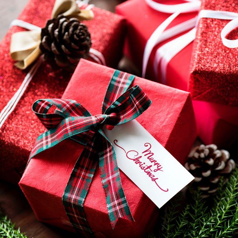 Regali Di Natale Per La Nonna.Regali Di Natale Originali Come Fare Regali A Tutti Spendendo Poco