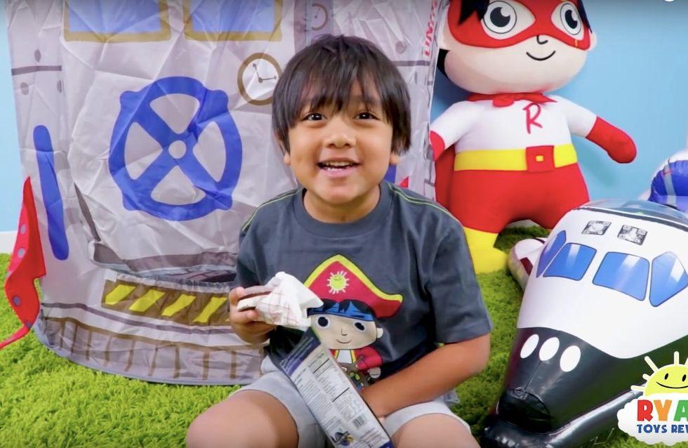 A 7 ans, Ryan, critique de jouets a gagné 20 millions d'euros sur Youtube
