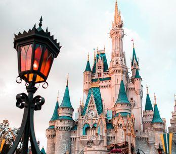 I migliori regali di Natale per i fan Disney per un po' di magia sotto l'albero!