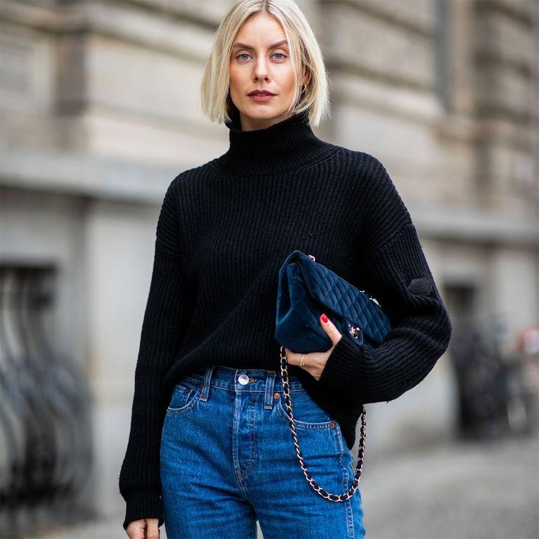 Come Piegare Un Maglione.Maglione Collo Alto 4 Mosse Per Indossarlo Come Le Fashioniste