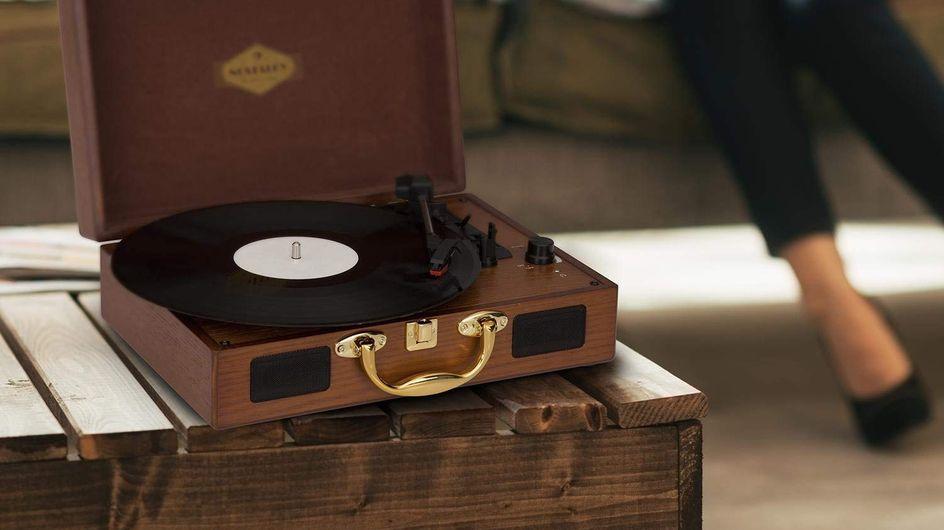 L'idée cadeau cool pour les fans de musique : le tourne-disque et ses vinyles !
