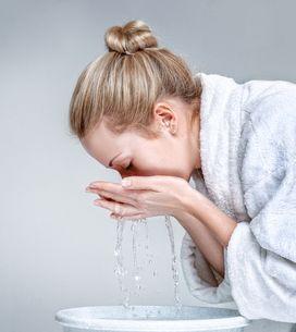 ¿Cuál es la mejor forma de desmaquillar tu rostro?
